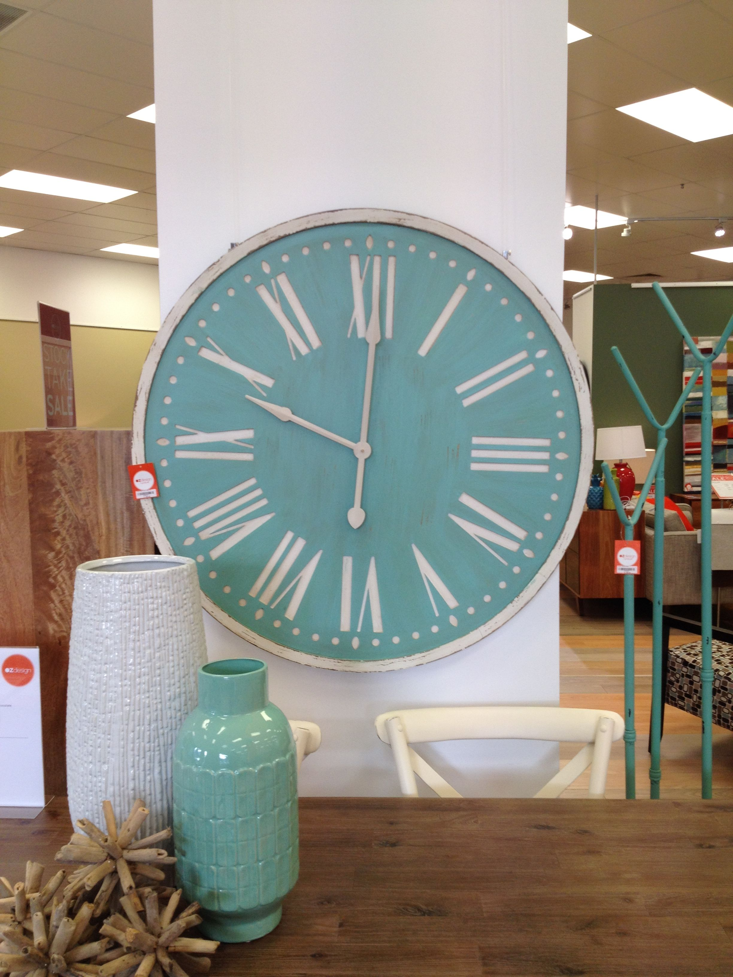 Oversized clock from OzDesign