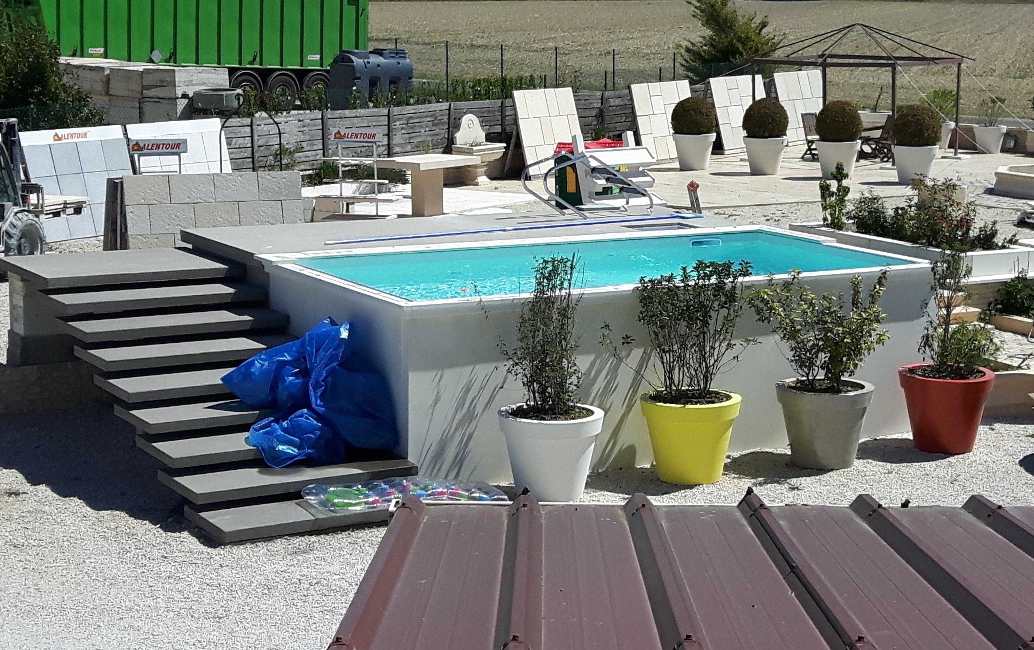 une piscine hors sol dimensions 3 m x 6 m compose dlments prfabriqus - Dimension Piscine Hors Sol
