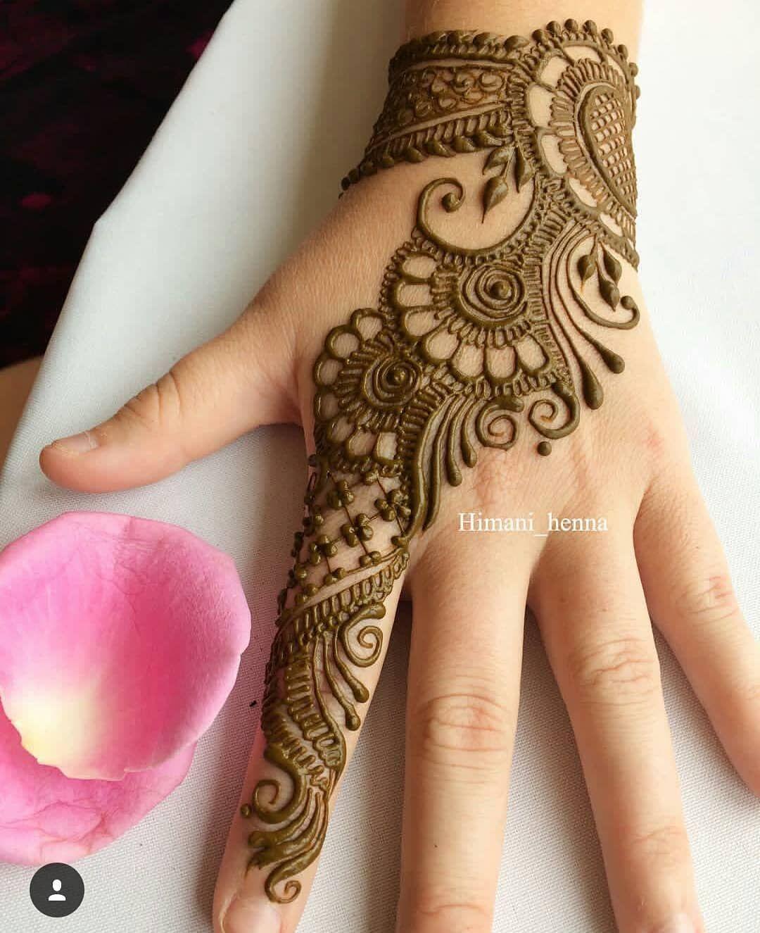 Pin By Nikita On Mehndi Mehndi Designs For Hands Simple Arabic