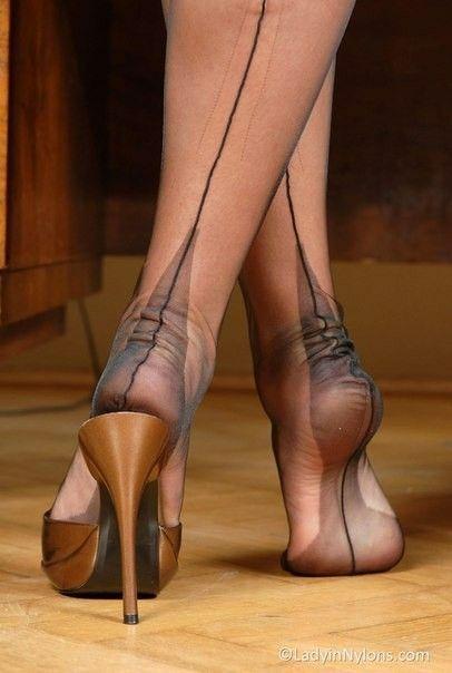 Beine in nylon