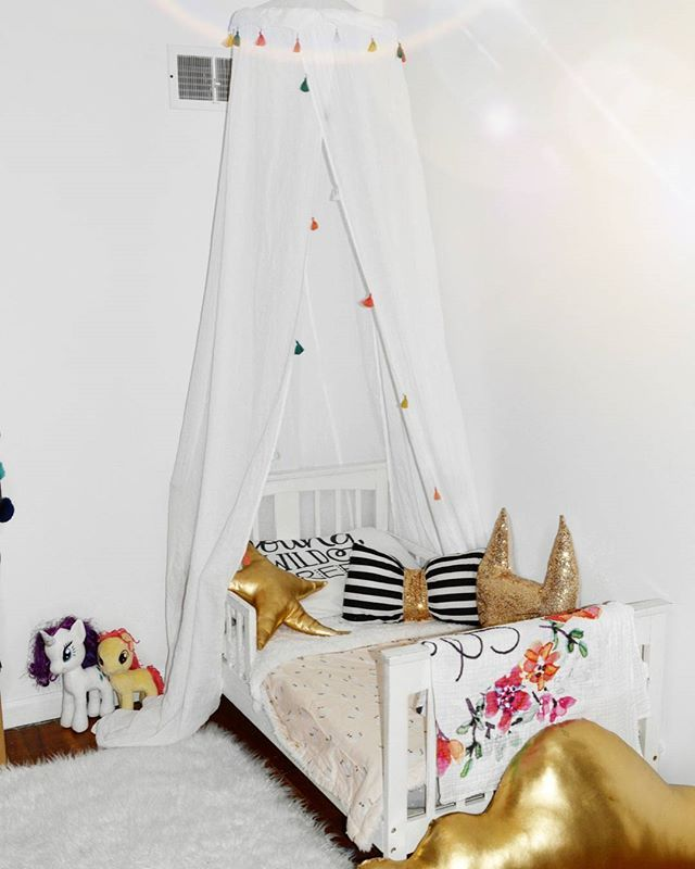 Tassel Bed Canopy One Size White - Pillowfort™ & Tassel Bed Canopy One Size White - Pillowfort™   Canopy Tassels ...