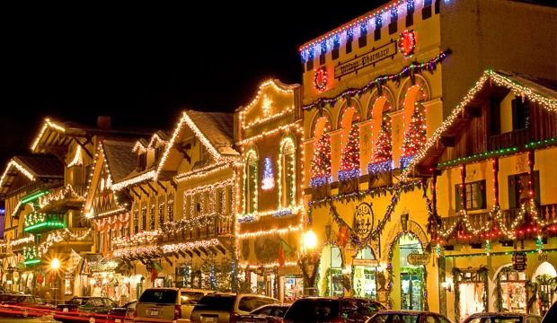beautiful places during christmas best places in usa for christmas celebrations - Best Places To Go For Christmas