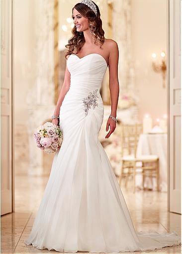 Elegant Organza Sweetheart Neckline Natural Waistline A-line Wedding ...