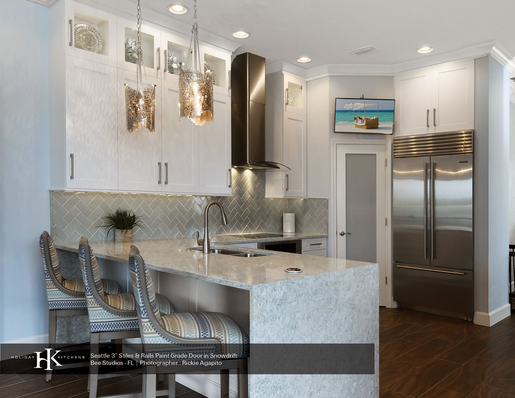 Like Simple White Shaker Cabinets Waterfall Counter Top Walk In Pantry With Proper Door No Glass Cabinet Doors Cabinets To Ceiling White Shaker Cabinets