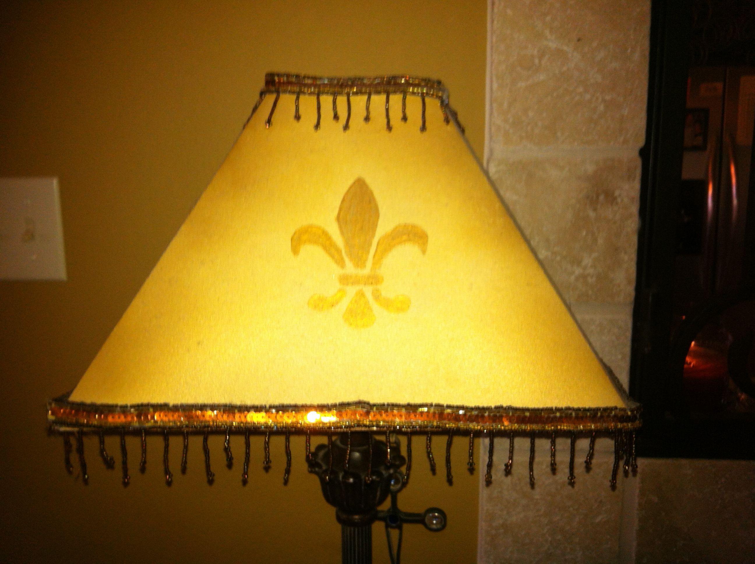 Who doesnt need a fleur de lis lamp shade i took a plain white who doesnt need a fleur de lis lamp shade i took a plain mozeypictures Images