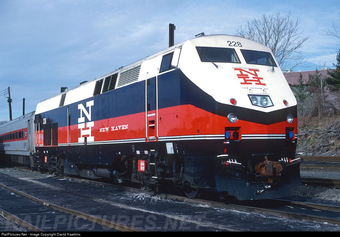 Nt 228 new haven ge p32acdm at danbury connecticut by