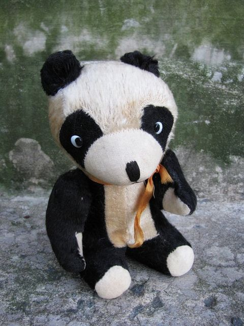 Great find for me this vintage Panda still squeaks and