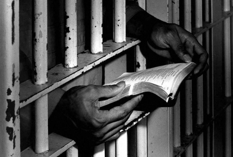 أفضل روايات أدب السجون وأكثرها تأثيراً