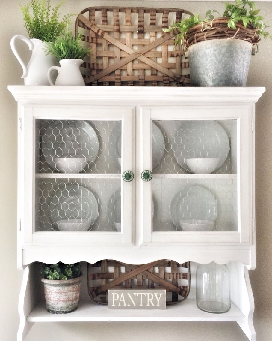 Above cabinet ideas | Trendy farmhouse kitchen, Decorating ...