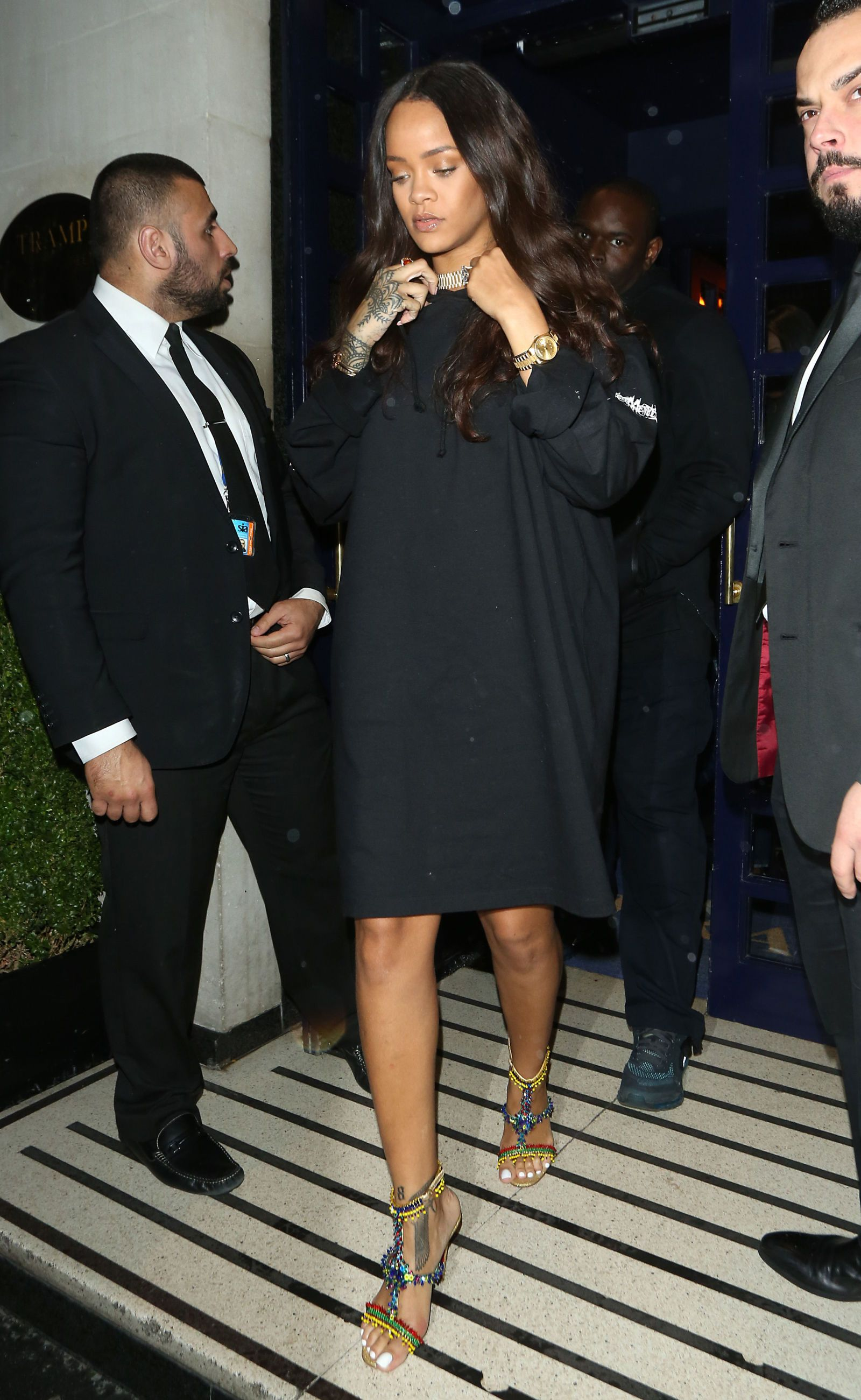 85daf78e6f9 Rihanna Makes Yankee Gear Look So Good