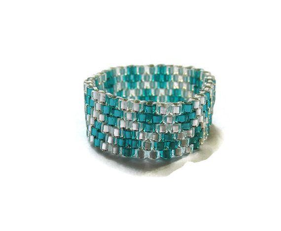 Christmas In July Sale Beaded Ring Peyote door SimplyBeadifulDesign
