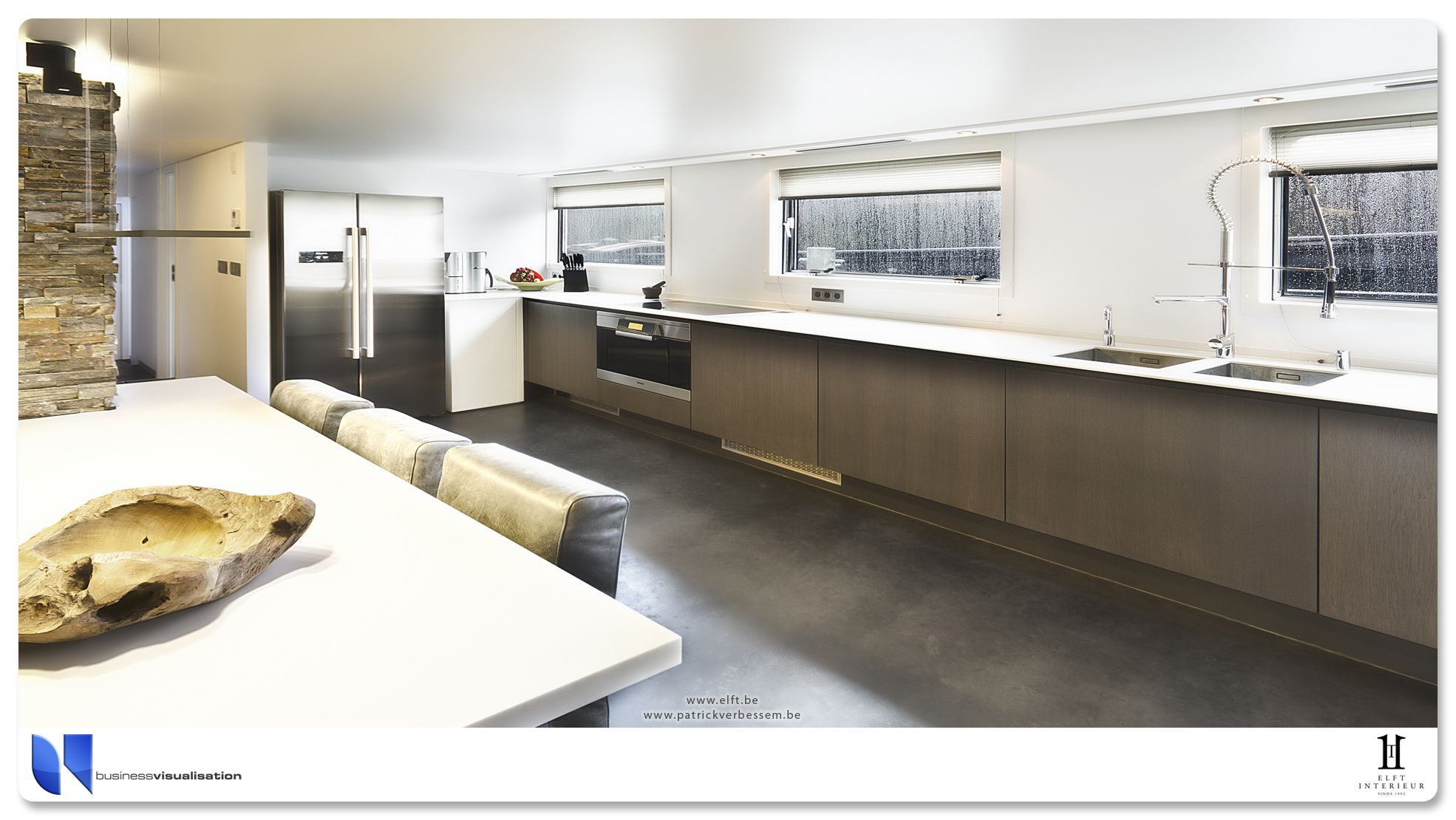 gevlinderd beton met kleurpigment antraciet in keuken aangebracht op ...