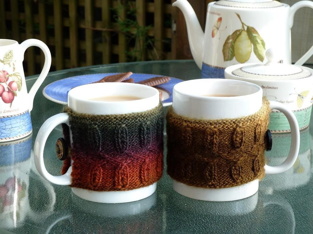 Braided Mug Cozy by WessendenWoolly | Knitting Pattern - Looking for ...
