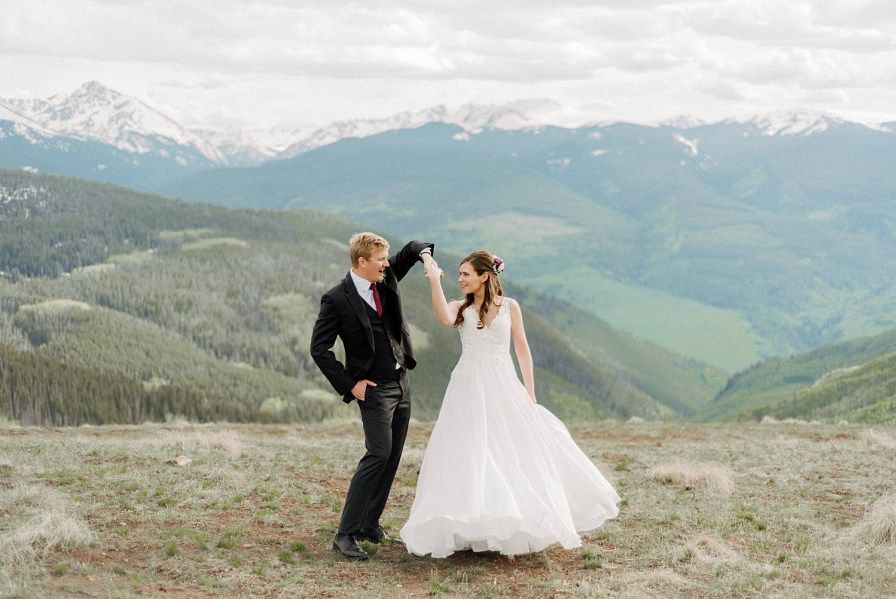 Vail Mountain Wedding Deck Vail Wedding Photographer Lucy And Andy Wedding Vail Colorado Wedding Photographer Mountain Wedding Colorado