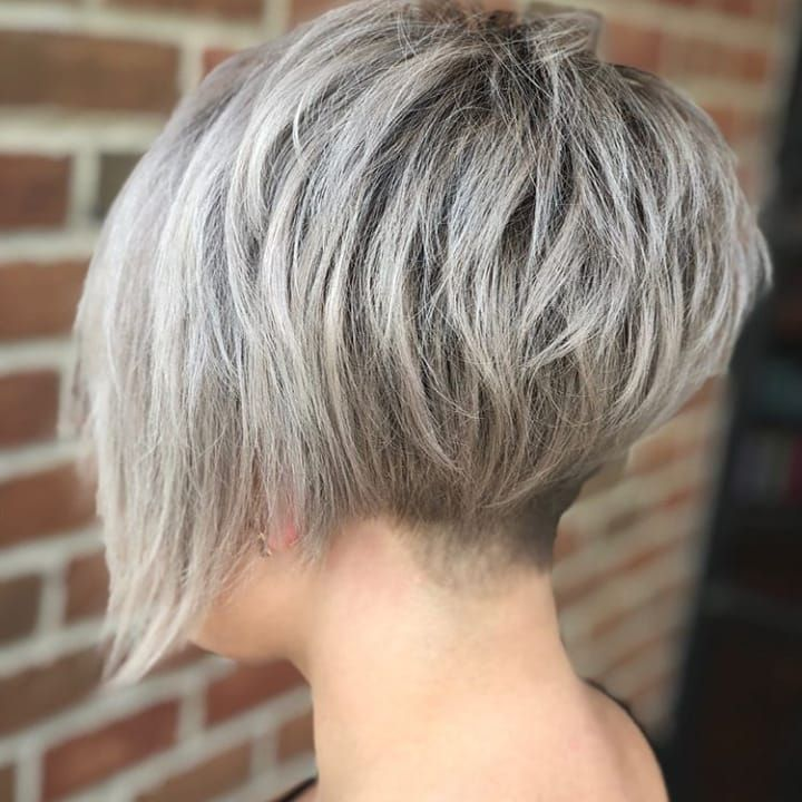 Photo of Acconciature corte consigliate per capelli grigi oltre 40 #hairstyles consigliati #grigio …, # consigliati …