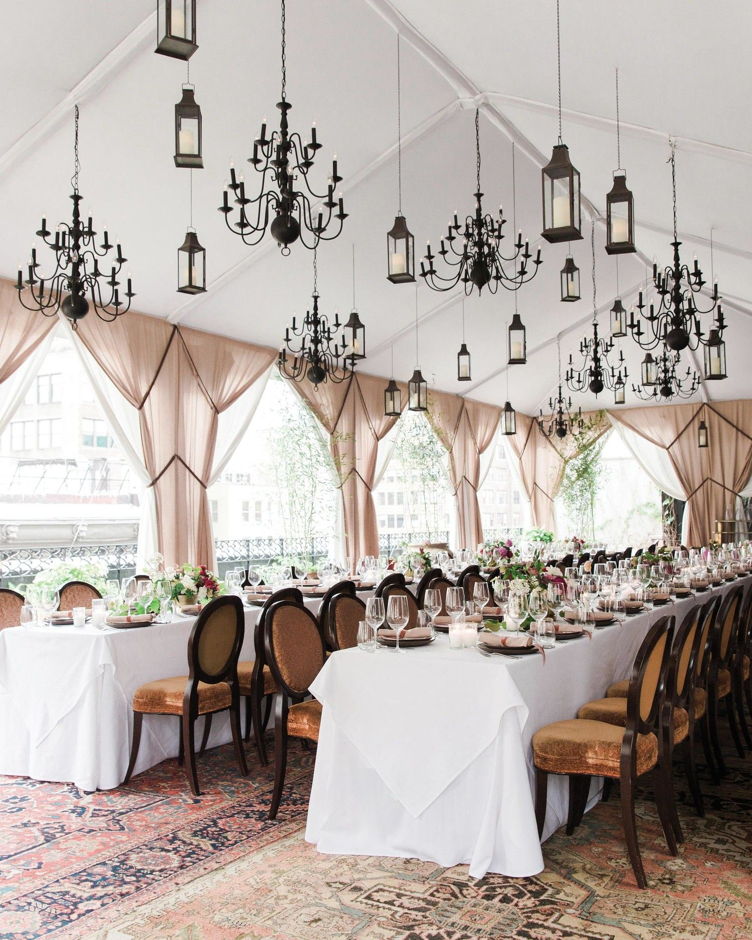 28 Tent Decorating Ideas That Will Upgrade Your Wedding Reception With Images Tent Decorations Rooftop Wedding Wedding Reception Rooms