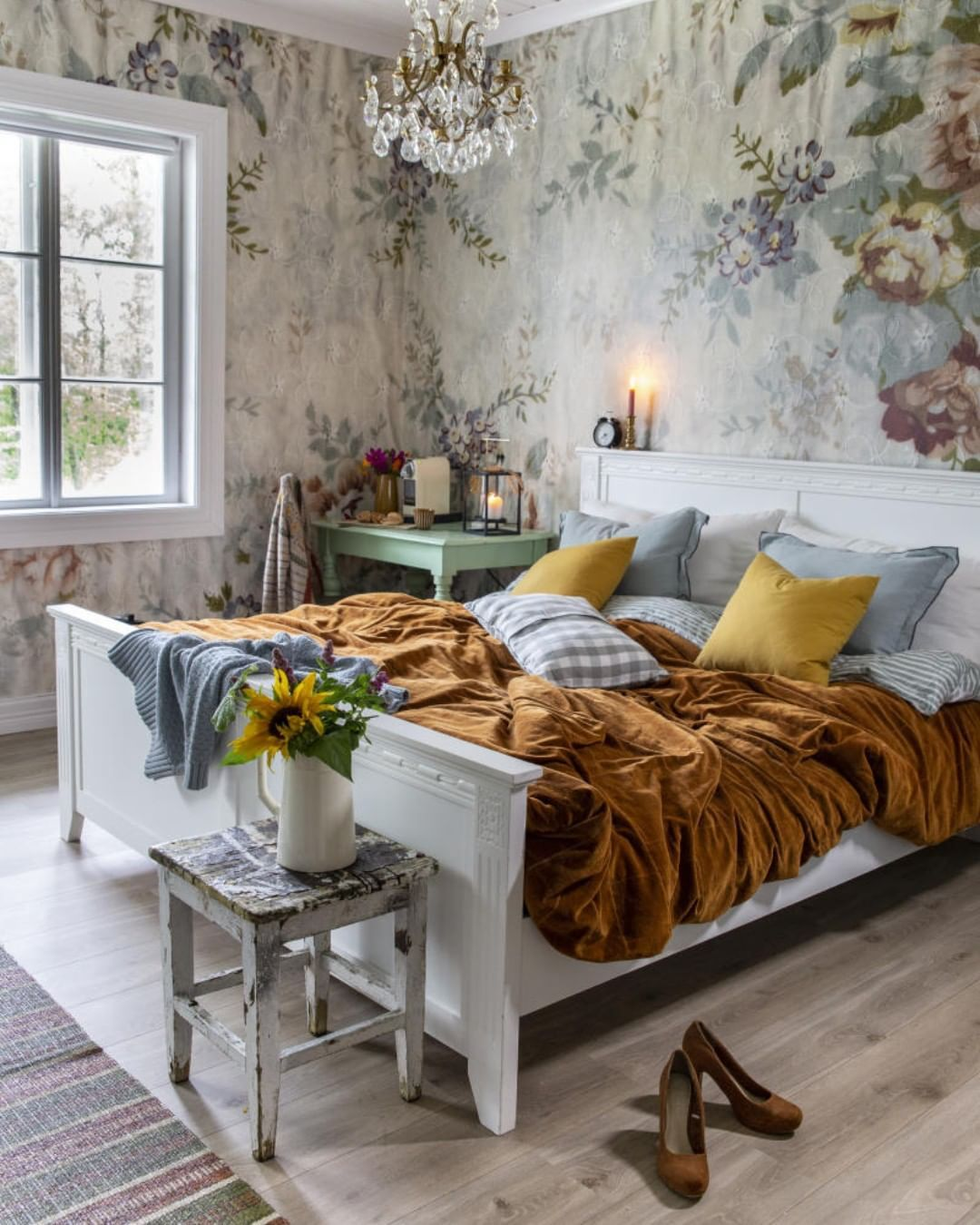 "Photo of Live Rural på Instagram: ""I den siste utgaven av Lev Rural får du se det nyoppussede soverommet til @hannepaalandet – For a dream of a bedroom ? Photo: …"""
