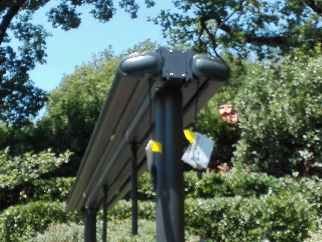 Pin Di P M Tende Su Tende Da Sole Ombrellone Tende E Giardino