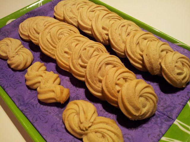 Suklaata Pannukakulla: Vegaaniset pikkuleivät (maidoton, munaton, soijaton)