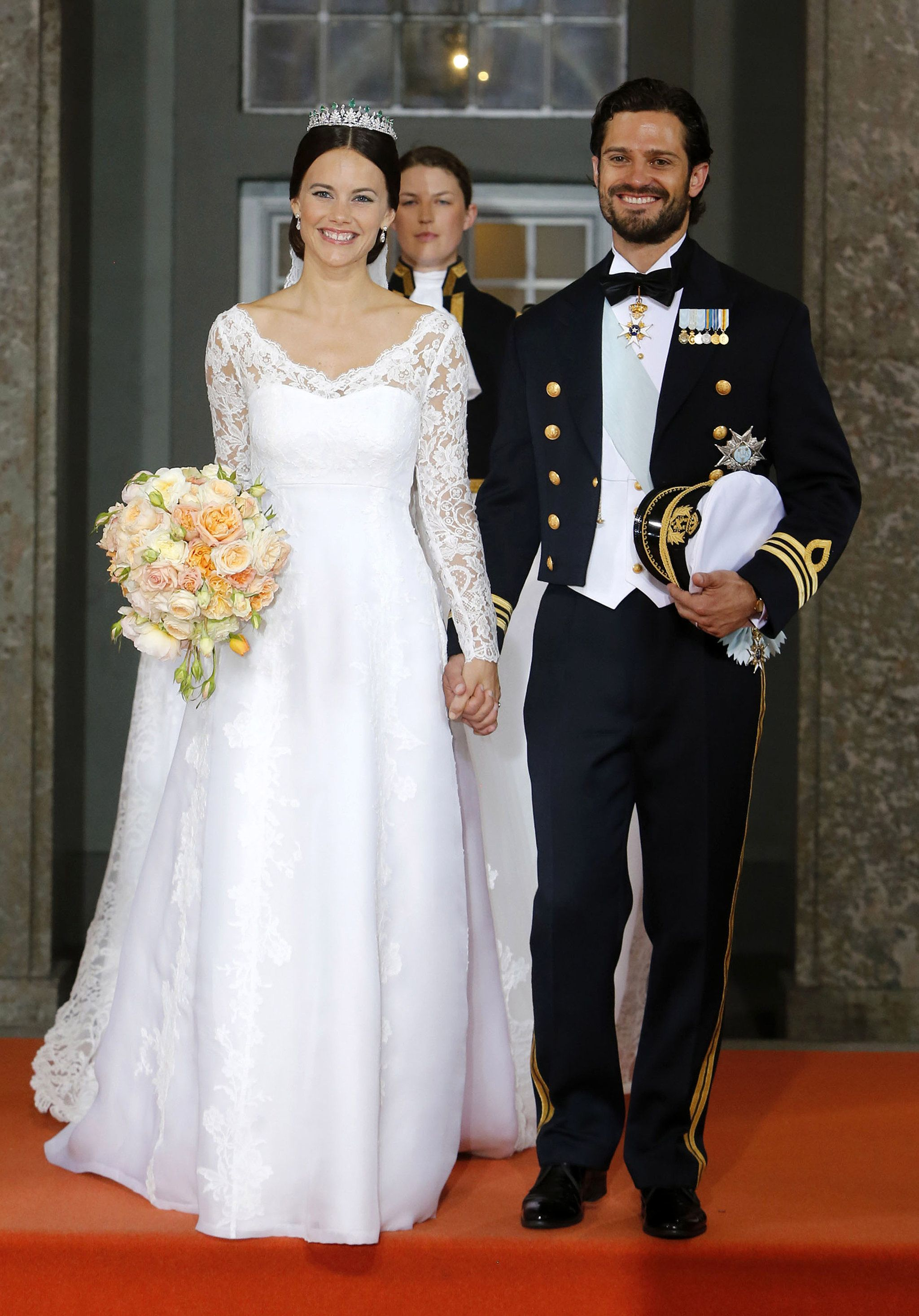 Look Back At The Breathtaking Pictures From Prince Carl Philip And Princess Sofia S Wedding Princess Sofia Of Sweden Princess Sofia Royal Wedding Dress [ 2934 x 2048 Pixel ]