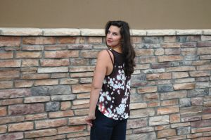 Talking about shopping local with companies like The Cotery where you can purchase tanks like this from local designers... http://www.haleebandhoney.com/shopsmall-supportbig/  #mommastyle #ootd #momblog #mommablogger #denver #denverblog #denverblogger #denvermomblog #denvermommablog #colorado #coloradomom #coloradomomblog #blogger #haleebandhoney #denverstyle #coloradostyle #kids #coloradokids #denverkids #kidsstyle #baby #parentingblog #lifestyleblog #blog