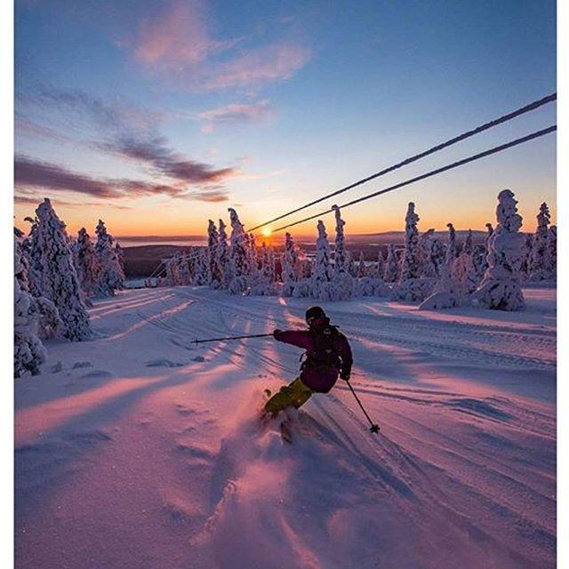 Do you  to SKI  ?? Levi, Finland @levilapland #levilapland  Tiiäkkös montako rinnettä ja hissiä on Levillä? ... Älä googleta  arvaa! Ja nyt relataan koko jengi yhdes koos lauantai-illan kunniaksi   Cheers @valluvainio and Joonas Leppänen for awesome pic #skilevi #SeToinenLevi  #visitfinland @ourfinland #visitlapland #letsgosomewhere #bestvacations #beautifuldestinations #snowboarding #Snowboardingtime #neverstopexploring #rakkaudestalajiin  Levi Ski Resort, Lapland
