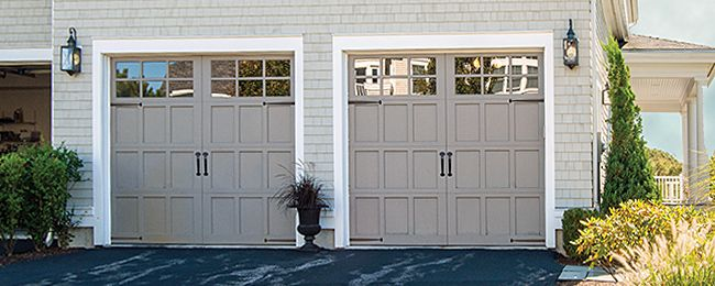 Carriage House Garage Door Model 307 Carriage Garage Doors Garage Door Styles Carriage House Garage