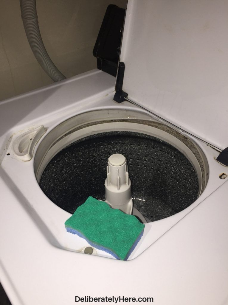 10 Genius Tips to Clean a Smelly Washing Machine (Fast ...