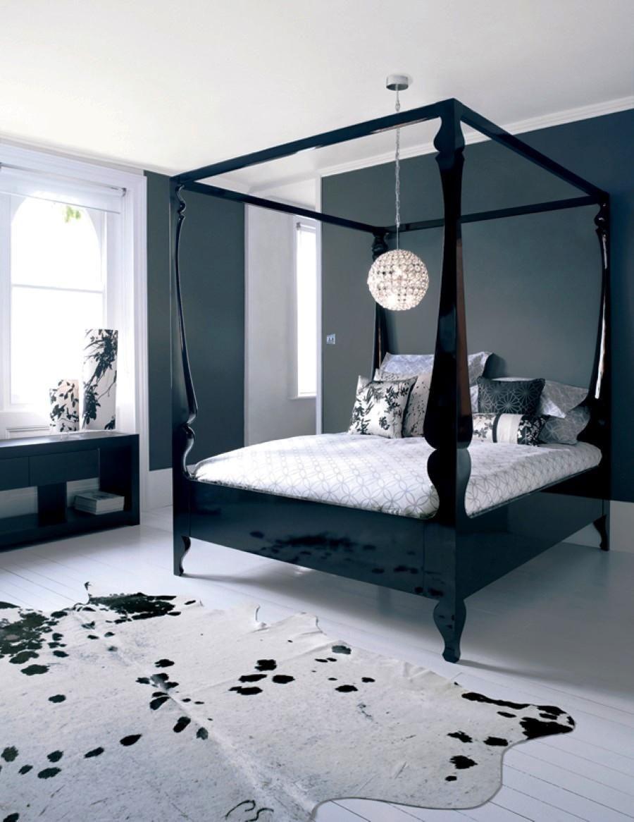 4 Poster King Bed Modern
