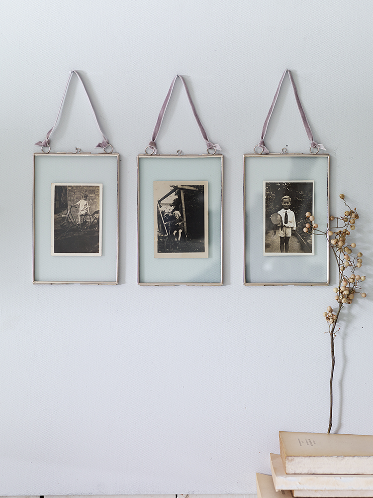 Three Delicate Hanging Frames... Love the vintage - dreamy feeling ...