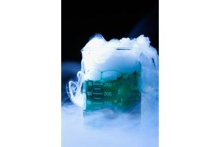 how to make fog without dry ice halloween pinterest halloween halloween haunted houses. Black Bedroom Furniture Sets. Home Design Ideas