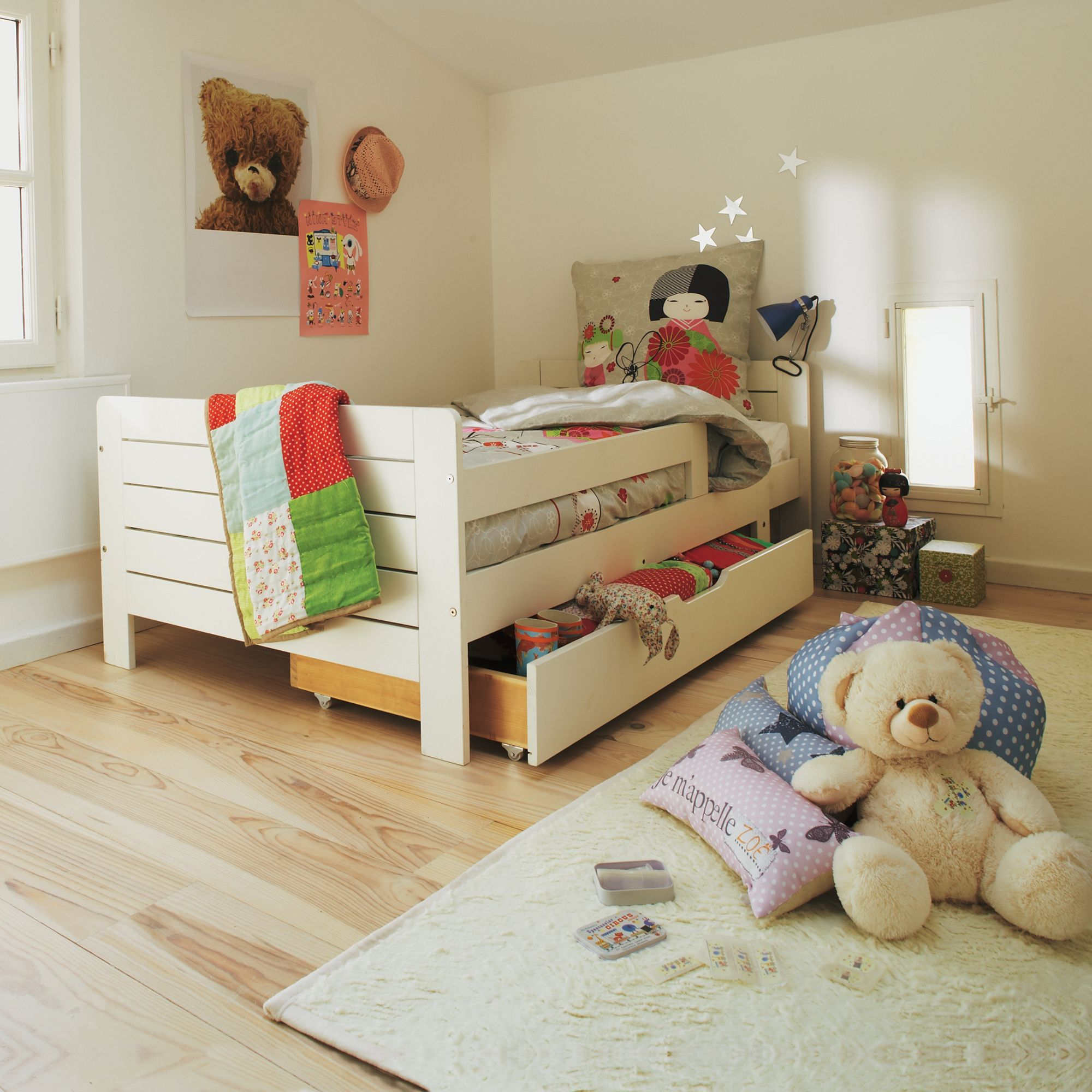 lit volutif avec tiroir de rangement lilou les lits enfants les meubles pour chambre enfant. Black Bedroom Furniture Sets. Home Design Ideas