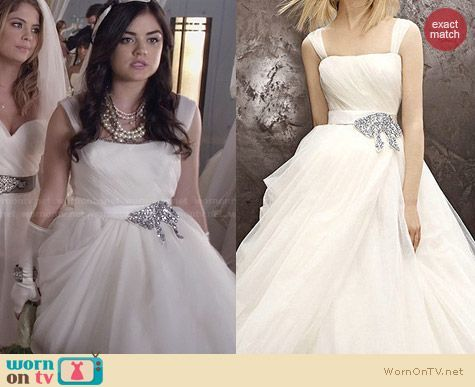 Aria S Wedding Dress On Pretty Little Liars Outfit Details Https Wornontv