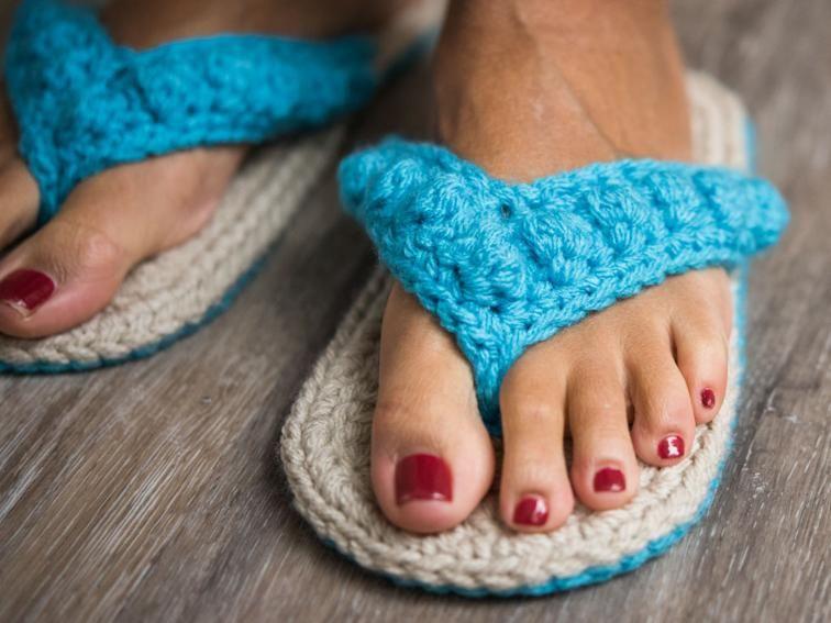Ocean City Flip Flops Crochet Kit | Crochet zapatos, Cuadrados de ...