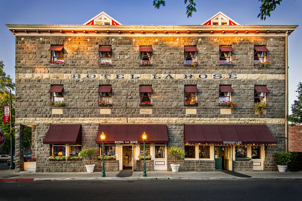 Hotel La Rose Santa Rosa Ca I Always Thought This Was A Come To Find It S One Of The Cliest In Area