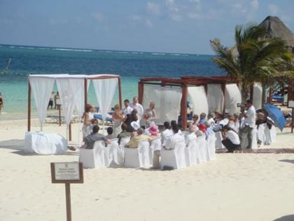 Azul Beach Hotel In Cancun Mexico One Of Elite Travels Fave Resorts For A Small Destination Wedding Location Travel Has Special Pricing And