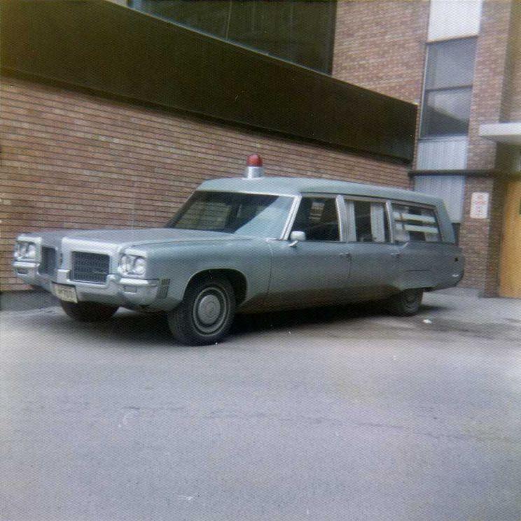 1971 Oldsmobile Ambulance With Images Emergency Vehicles