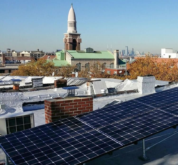 Brooklyn Homeowners Go Solar Thanks To New Technology Tax Breaks Though Mostly Hidden From View Solar Panels Residential Solar Solar Solar System Design