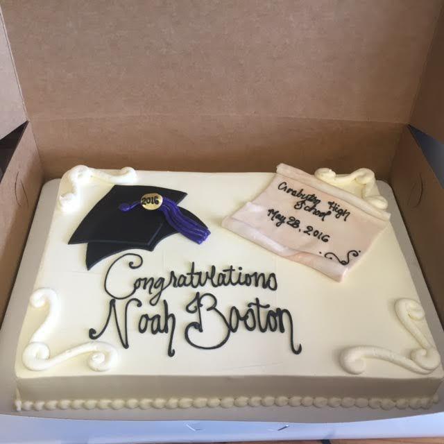 Graduation Cake With Diploma And Flat Fondant Grad Cap With