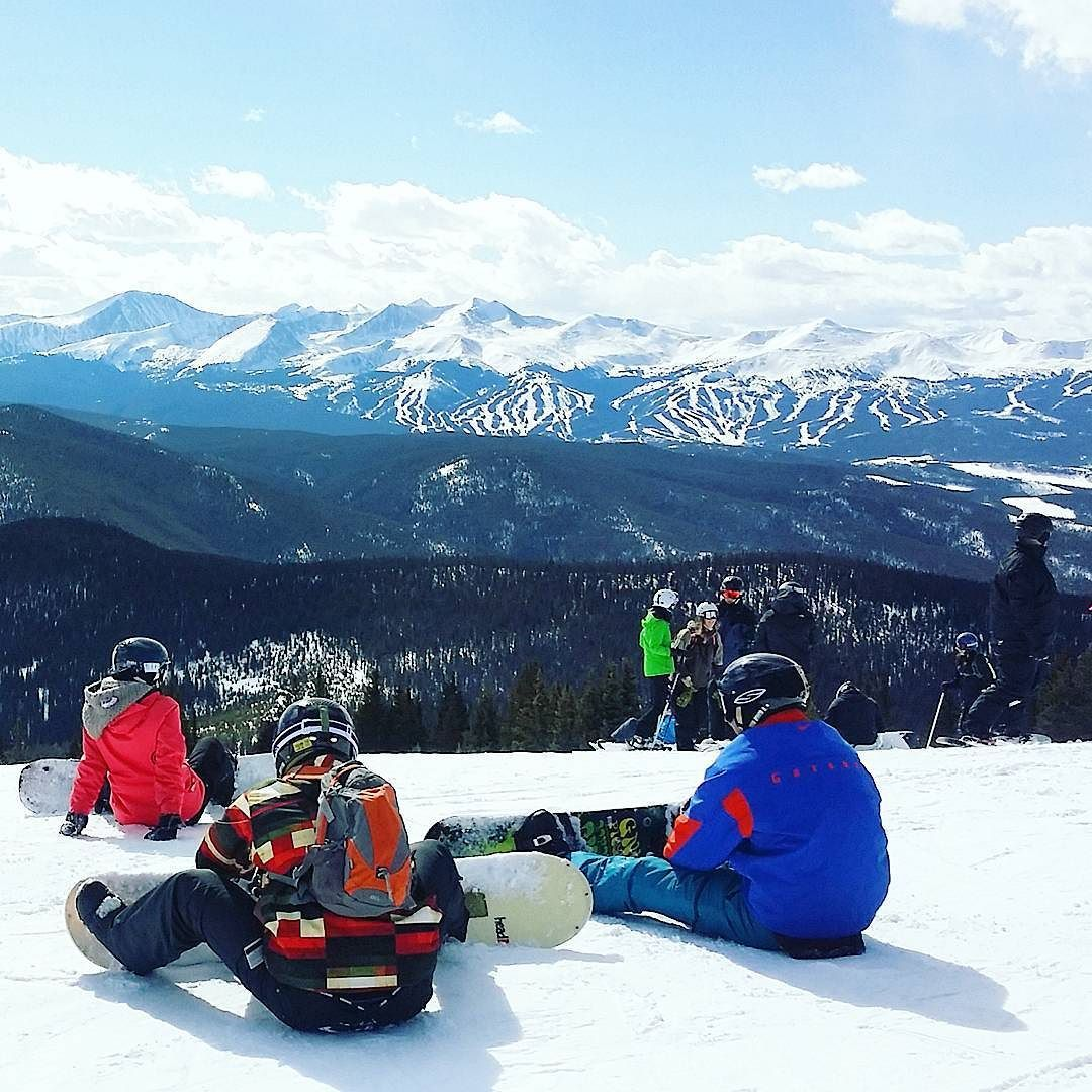 Beautiful weather today at @keystone_resort! ...and great visibility to @breckenridgemtn from the Outback.  We're heading there tomorrow with our out-of-country guests. Hoping for as good weather tomorrow as today!  #keystonemoments #keystone #skiing #laskettelu #colorado #visitcolorado #coloradolive #cometolife #rockies #rockymountains #vuoret #travel #matka #reissu #nordicnomads (via Instagram)