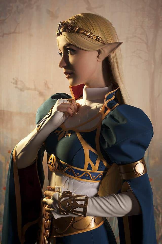 Photo of Princess Zelda cosplay
