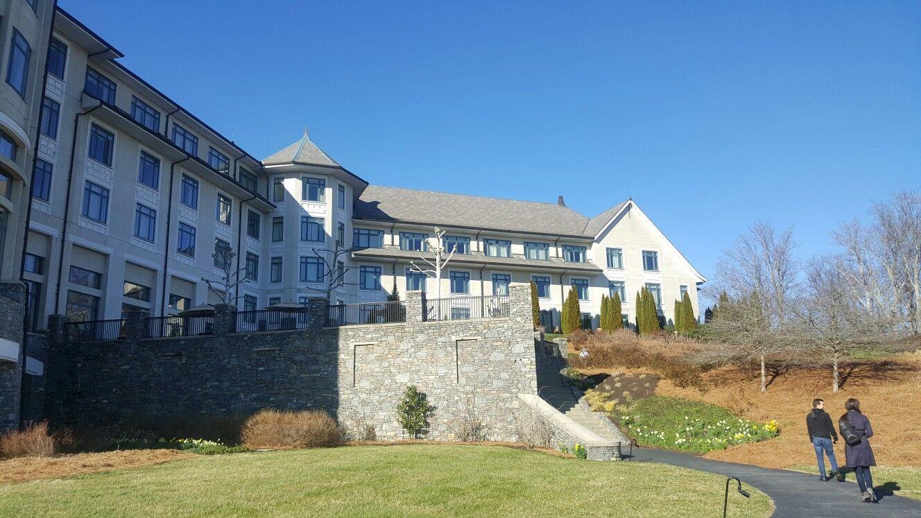 The Biltmore Inn Biltmore inn, House styles, Mansions