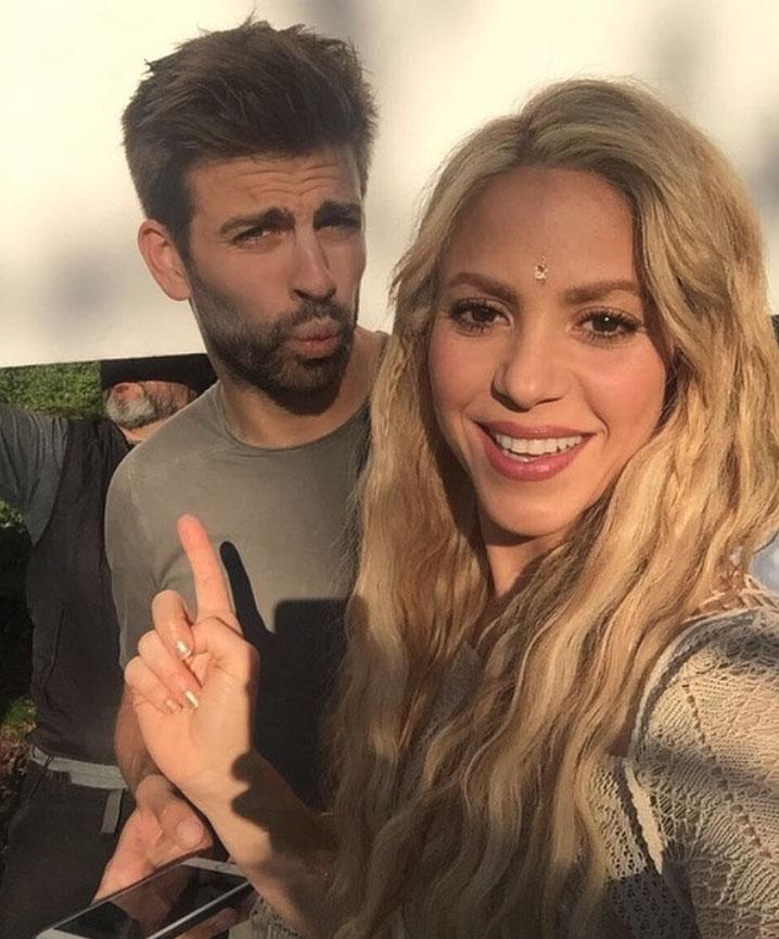Pin De Judy Hp En Famosos En 2020 Shakira Shakira Y Pique Shakira Fotos