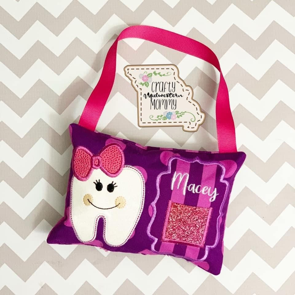 Tooth fairy pillow can be made for boys and girls! #toothfairy #toothfairyiscomingtonight #toothfairyiscoming #toothfairytime #toothfairyideas #toothfairypillow #toothfairypouch #handmadr #kidstoothfairy
