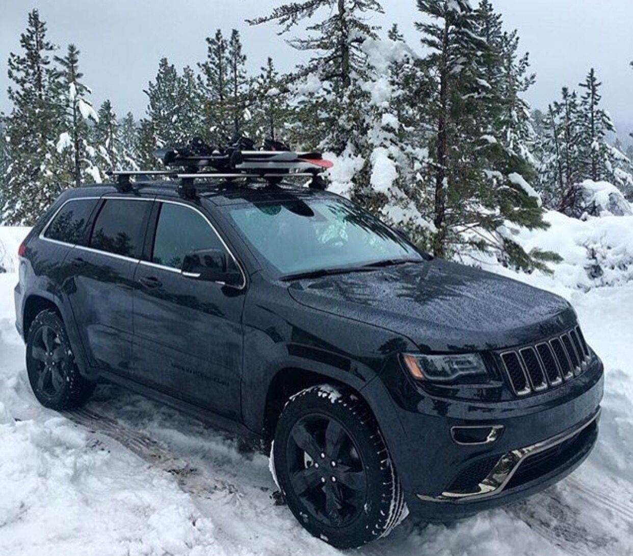 Playing In The Snow Jeep Offroad Adventure Explore Challenge