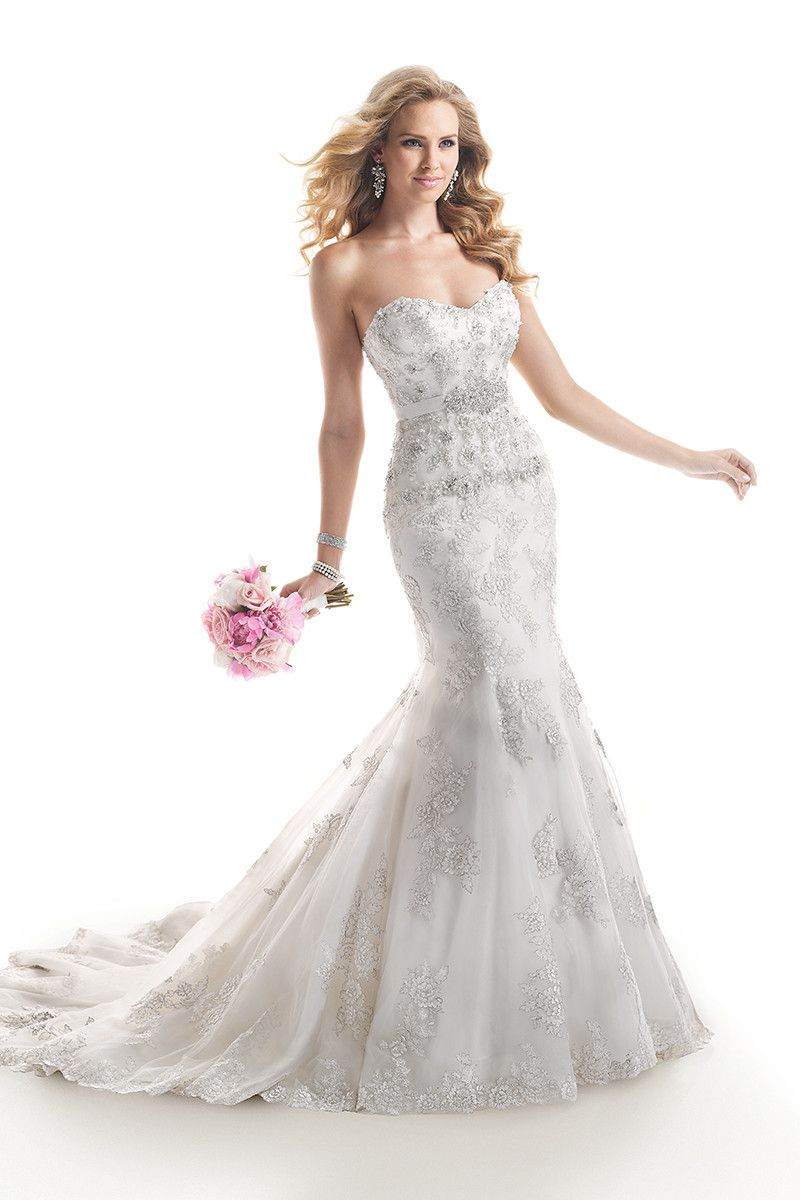 For the glamazon! Style #Ainsley #4MD876 Embroidered lace on tulle over Chic Organza. Beaded bodice I @Maggie Sottero