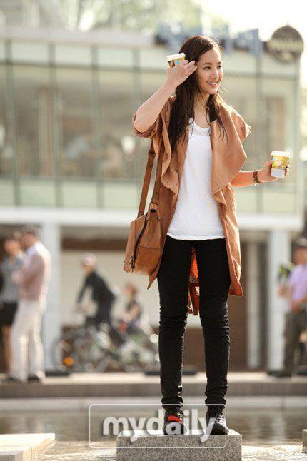 Abbiamo una divisione netta in protagonisti principali e secondari Kim Tan è interpretato da Lee Min-ho mentre la sua versione da giovane è.