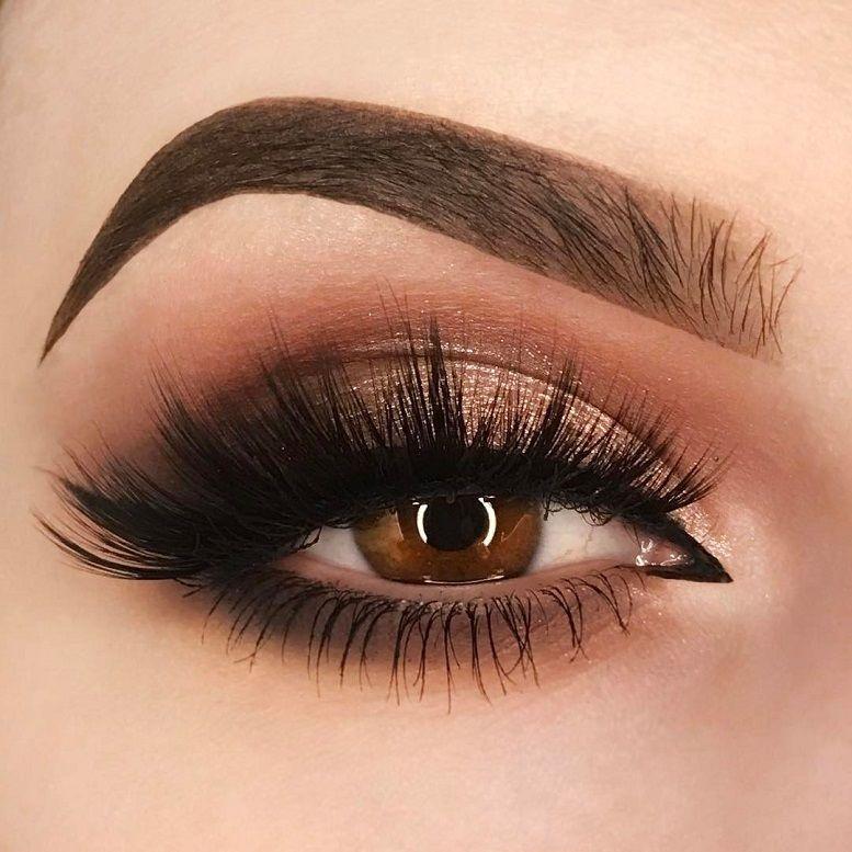 Close up sexy eyes