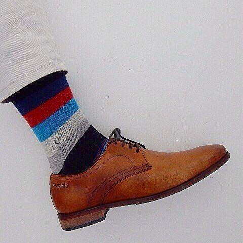 @theexiledbrit rocking his funky socks