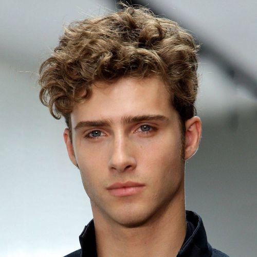 Fryzury Męskie Kręcone Włosy Szukaj W Google Hair Kręcone
